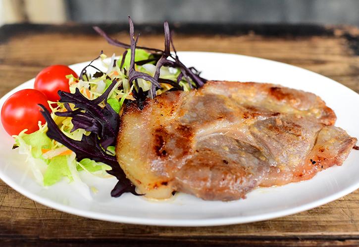 豚の味噌漬け調理