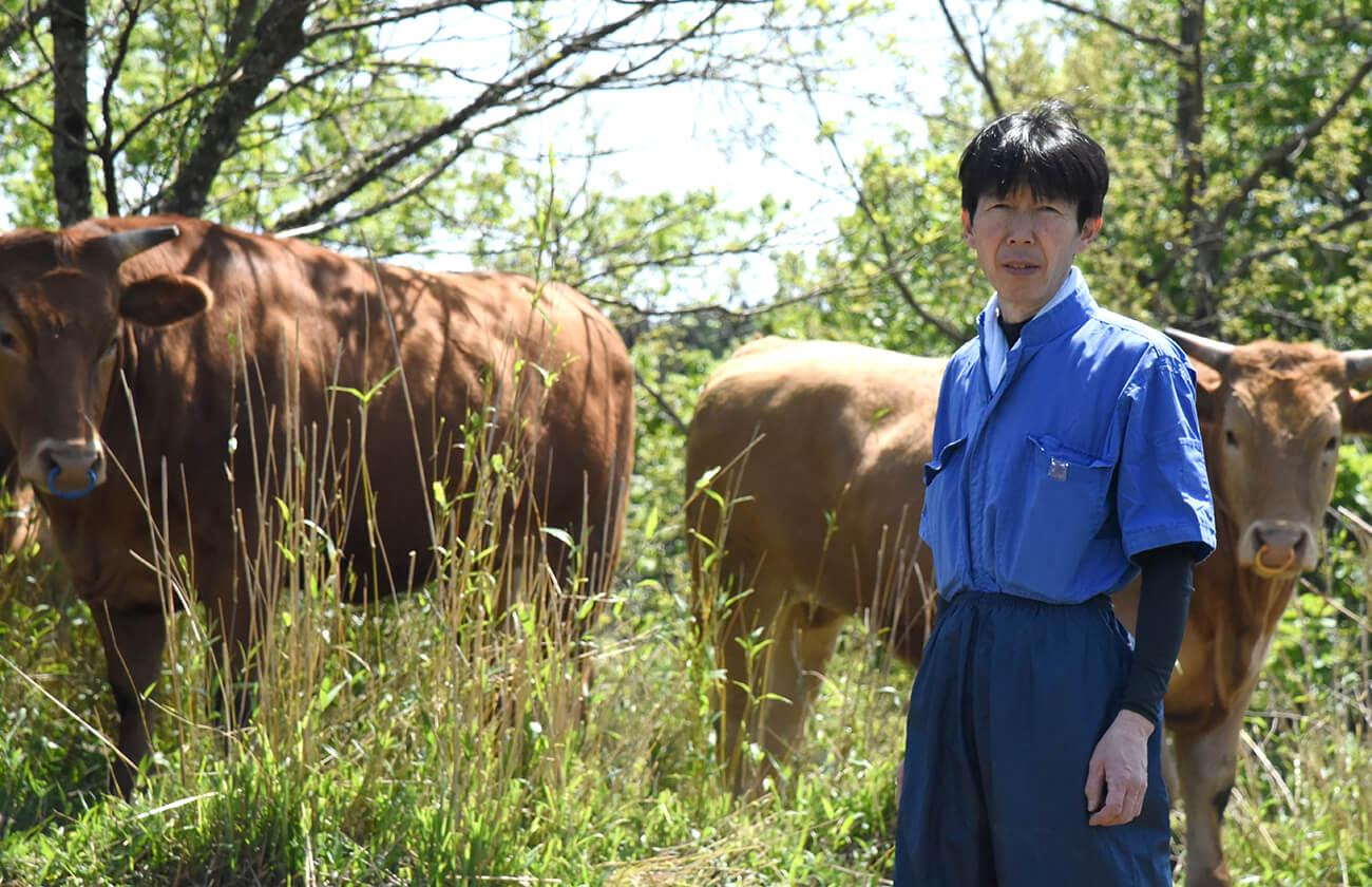井 雅信さんの放牧あか牛