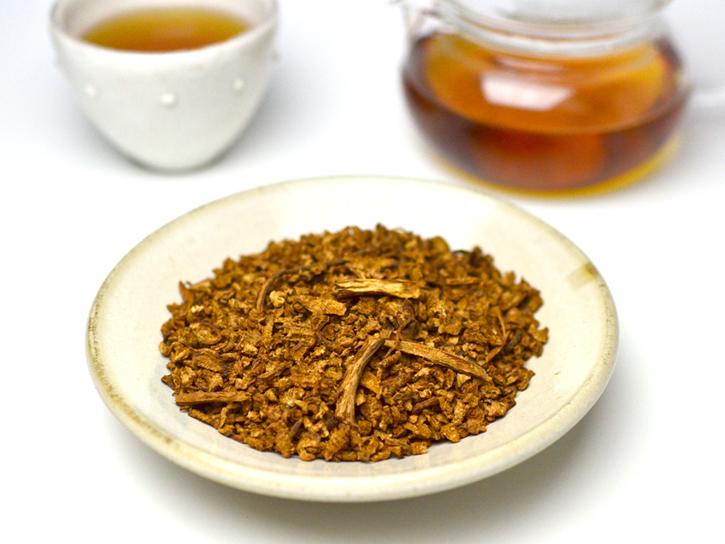 ごぼう茶の茶葉とお茶